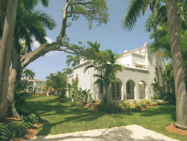 Most Famous Celebrity Homes - Al Capone's Luxury Mansion ...