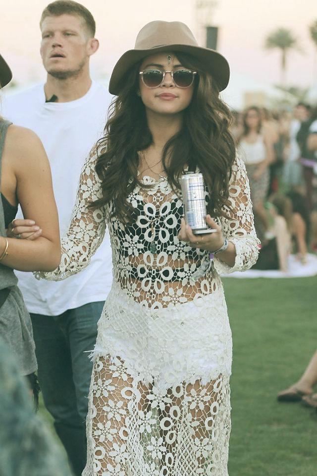 2014 Coachella - Best celebrity outfits  2014 Coachella – Best celebrity outfits 2014 coachella celebrities outfits selena gomez