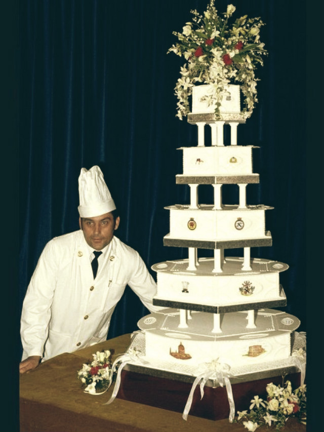 celebrity-homes- wedding-cakes-11  Most expensive celebrity weeding cakes celebrity homes wedding cakes 11