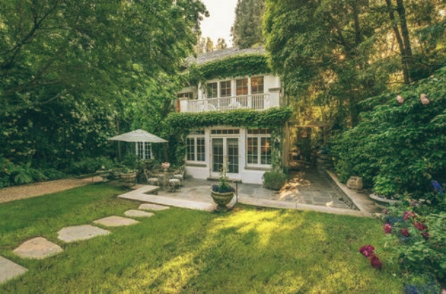 Top 10 — Celebrity Homes in Los Angeles Celebrity Homes in Los Angeles Top 10 — Celebrity Homes in Los Angeles Top 10 Celebrity Homes in Los Angeles jennifer lawrence
