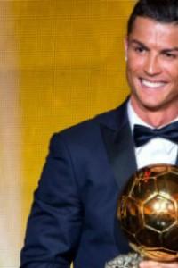 Celebrity Gossip: Cristiano Ronaldo wins the 3th Golden Ball