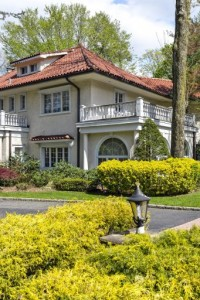 Celebrity News: The amazing Great Gatsby Home