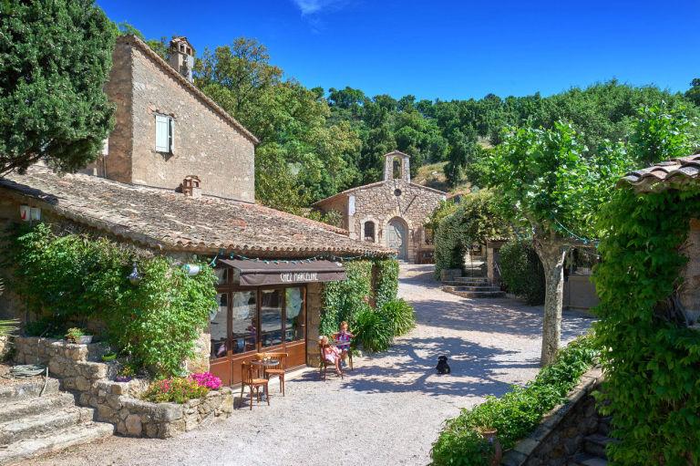 Celebrity Homes Johnny Depp French village