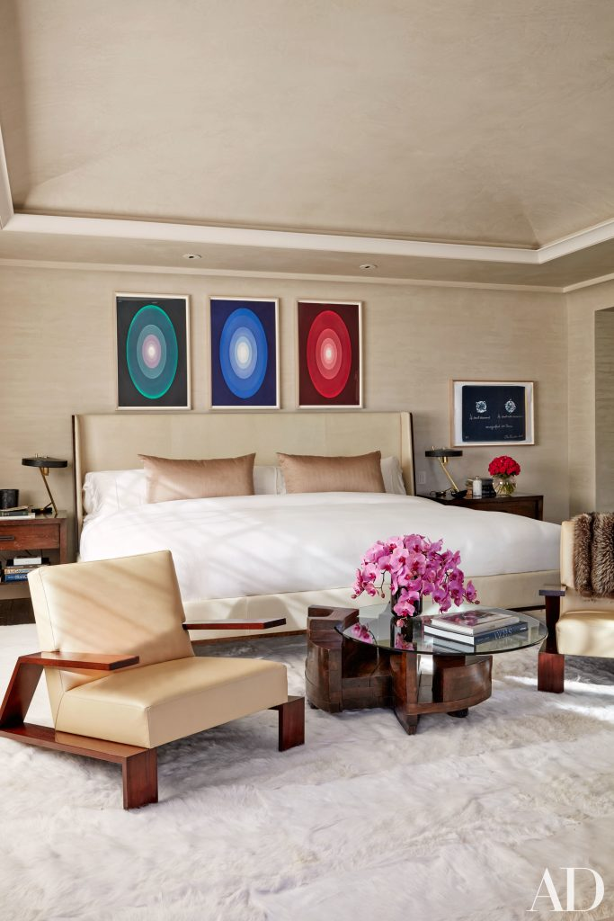 Celebrity Homes Khloé and Kourtney Kardashian Dream Homes in California (12)
