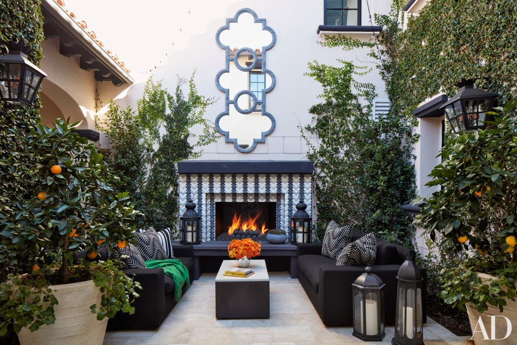 Celebrity Homes Khlo And Kourtney Kardashian Dream Homes In California Celebrity Homes