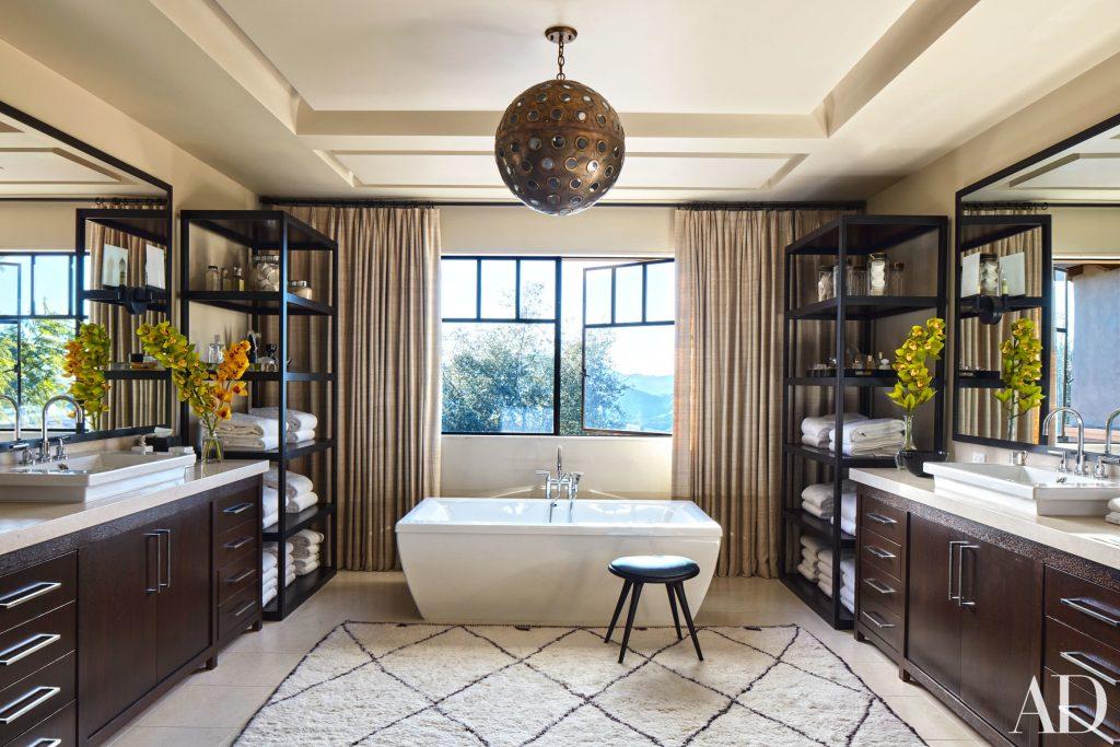 Celebrity Homes Khloe And Kourtney Kardashian Dream In California 7