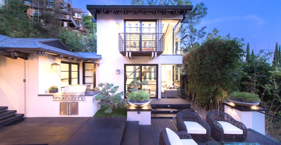 Celebrity News Calvin Harris' Los Angeles Dream House (3)  Celebrity News: Calvin Harris' Los Angeles Dream House Celebrity News Calvin Harris    Los Angeles Dream House 3