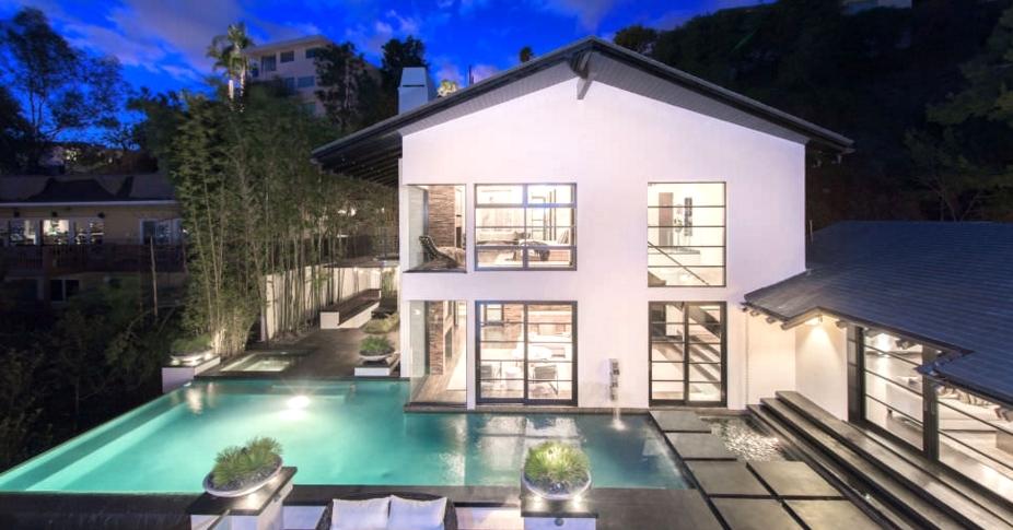 Celebrity News Calvin Harris' Los Angeles Dream House (5)  Celebrity News: Calvin Harris' Los Angeles Dream House Celebrity News Calvin Harris    Los Angeles Dream House 5