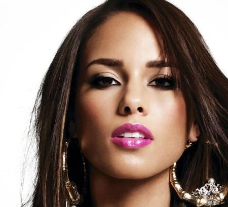 Inside Celebrity Homes - Discover Alicia Keys Dream Home in Arizona